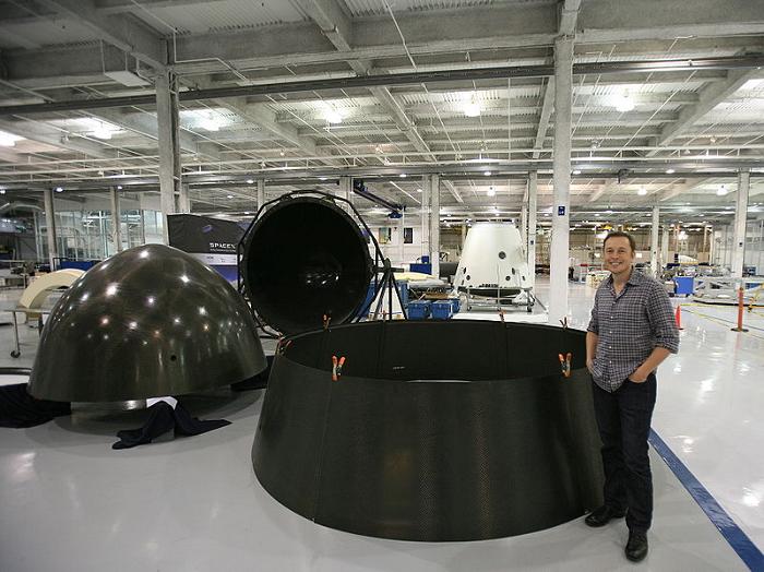C'est officiel, les micro-satellites d'Elon Musk vont connecter la terre à Internet