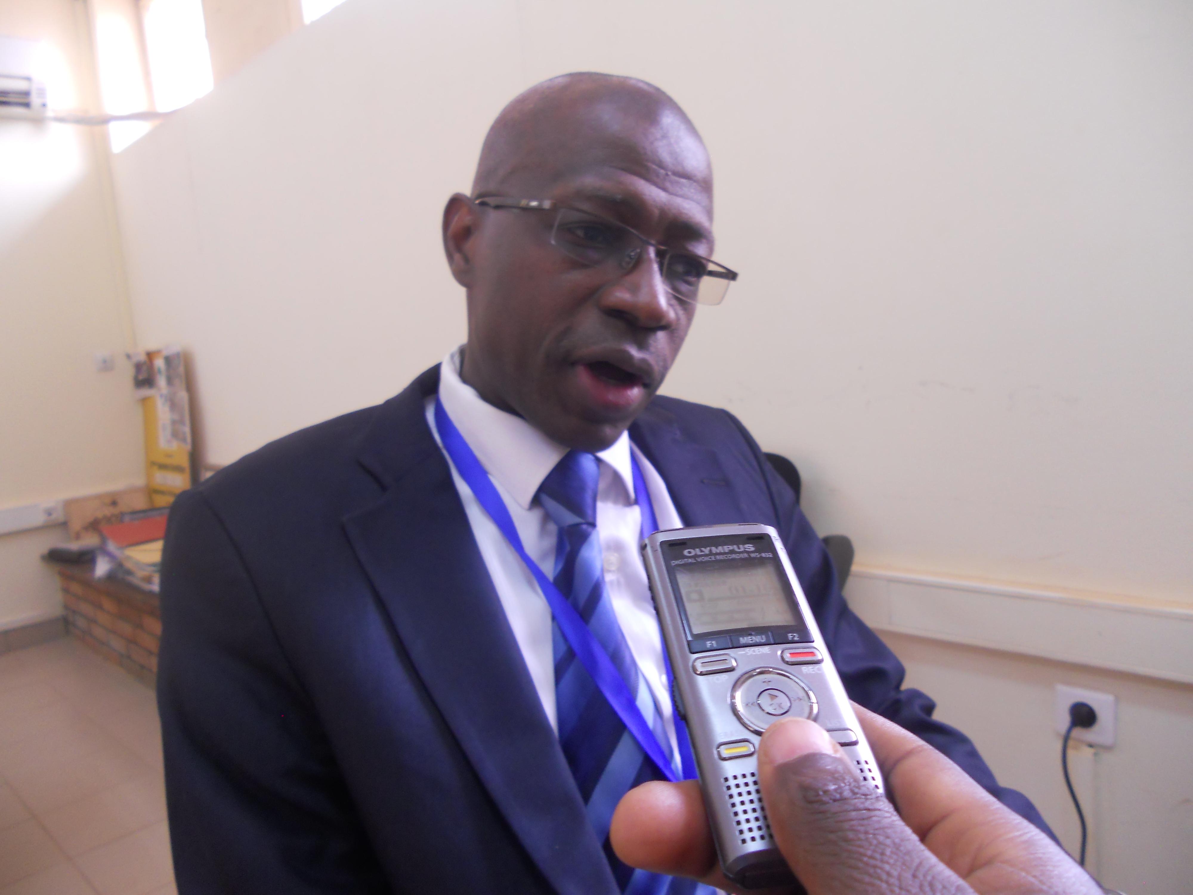 Le Colloque international AFRICAMPUS 2015 s'est tenu à Ouagadougou au Burkina-Faso du 26 au 28 février à 2iE .Monsieur FRANCIS SEMPORE, Coordonnateur de cette 4e édition a bien voulu se prêter aux questions de Sciences-Campus.Info.