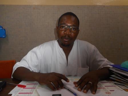 Dr Oumarou Sawadogo, « Lorsqu'un bébé tête, les premiers moments, il ne prend que de l'eau, avant que les substances nutritifs montent à lui ».