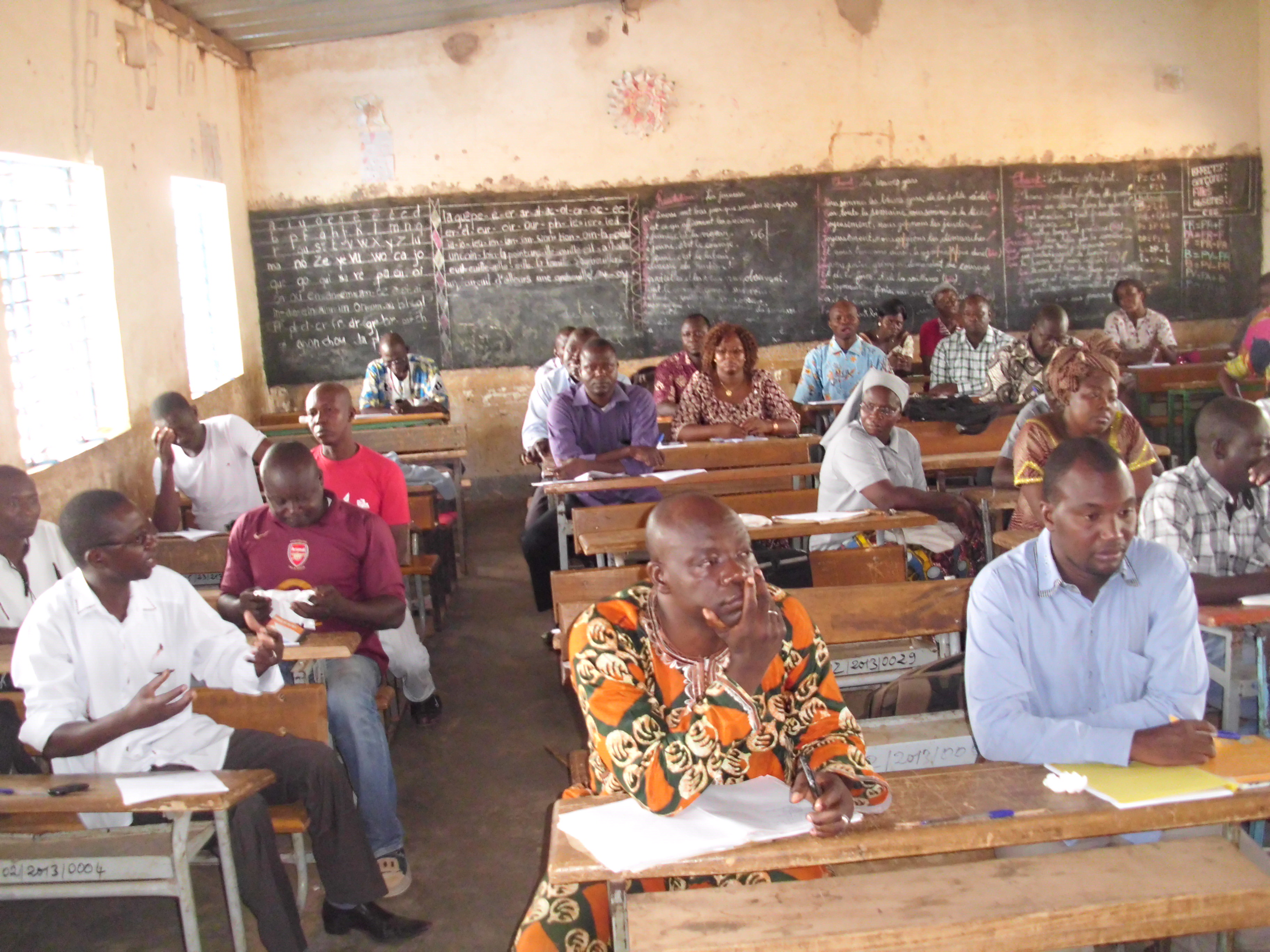 Enseignants et Encadreurs réunis pour faire le bilan de l'examen du CEP dans la CEB 2.