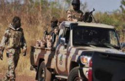 Fada-N'Gourma:un suspect abattu après des tirs de sommation à l'entrée d'une caserne militaire