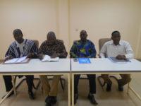 Officiels au gouvernorat de Gaoua/SGR Salif Ouattara en chemise multicolore a rassuré les responsables des entreprises de leur accompagnement pour des travaux de qualité