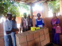 La secrétaire d'Etat, Mme Yvette DEMBELE a expliqué que ce don a pris du retard compte tenu du mouvement des agents du Trésor