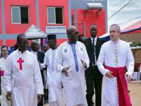 Le Président du Faso inaugure un nouveau pôle chirurgical à l'Hôpital Saint Camille de Ouagadougou