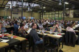 AFRIQUE DU SUD: Les fermiers demandent à Donald Tromp de s'occuper de ses problèmes